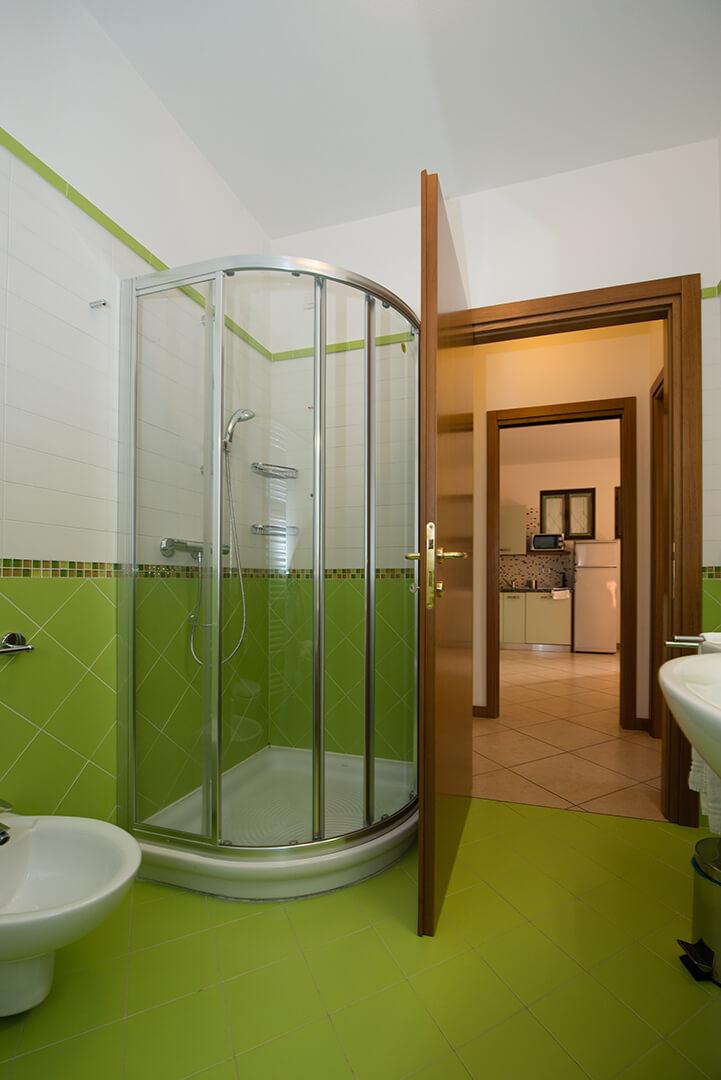 appartamento-a-canevini-bagno-4