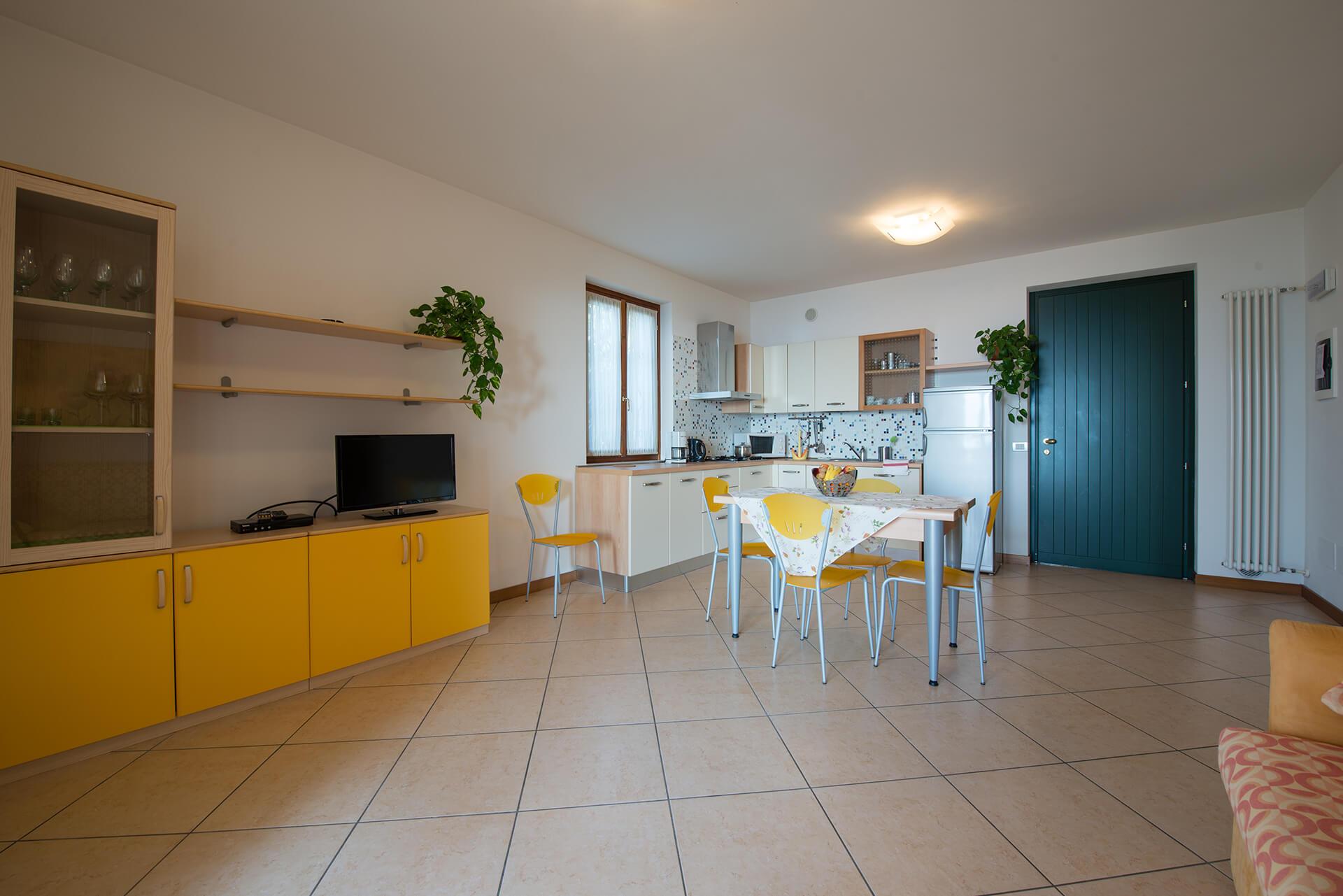 appartamento-a-canevini-sala-2