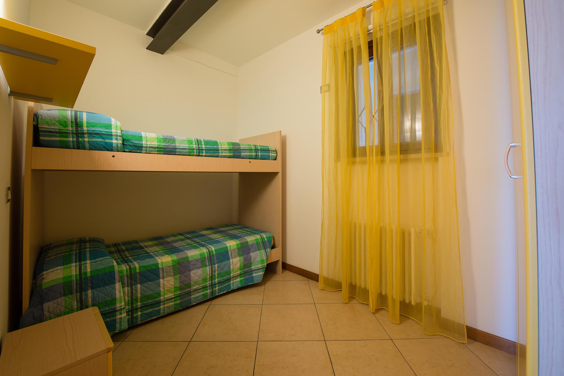 appartamento-b-canevini-camera-1