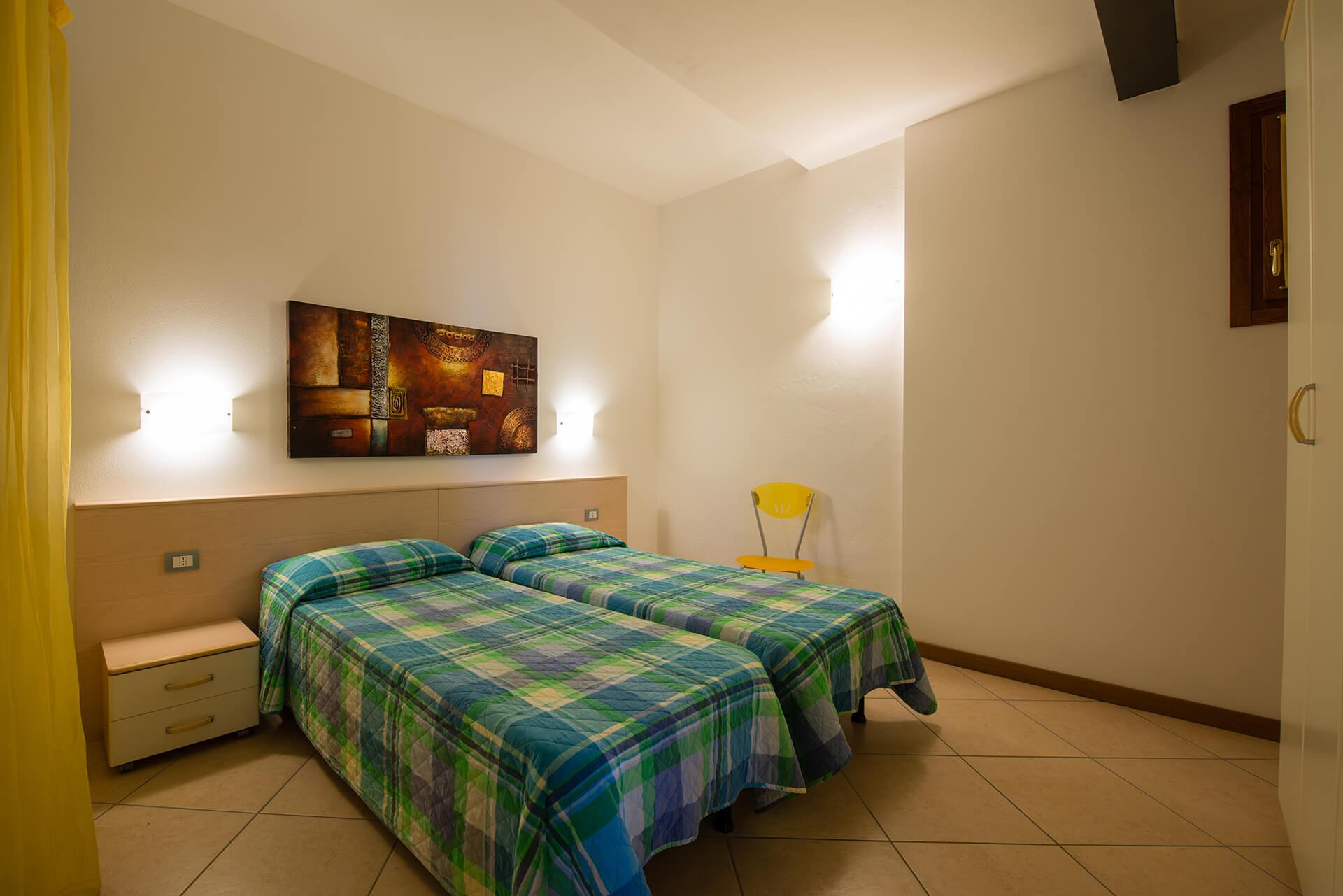 appartamento-b-canevini-camera-2