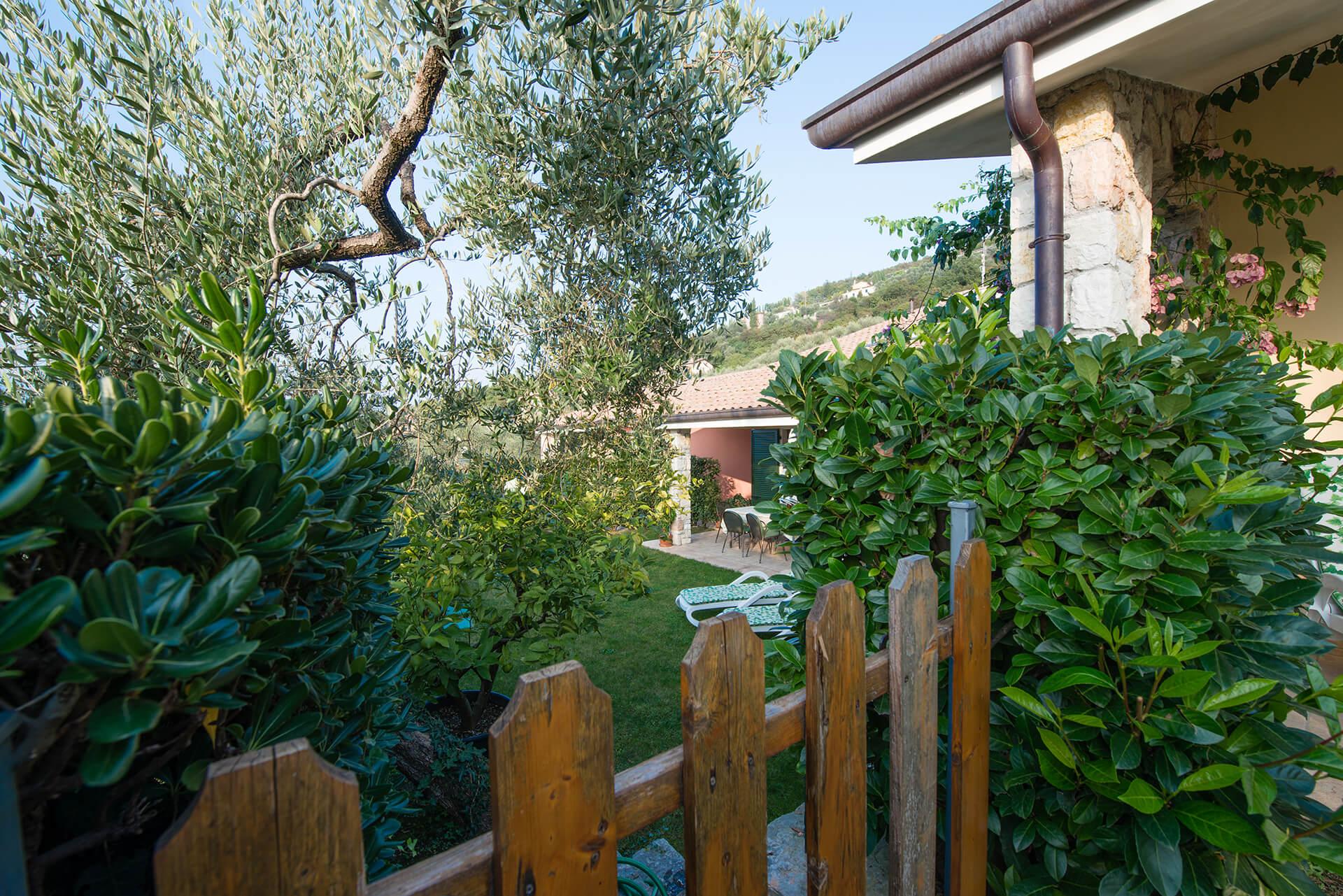 appartamento-b-canevini-giardino-8