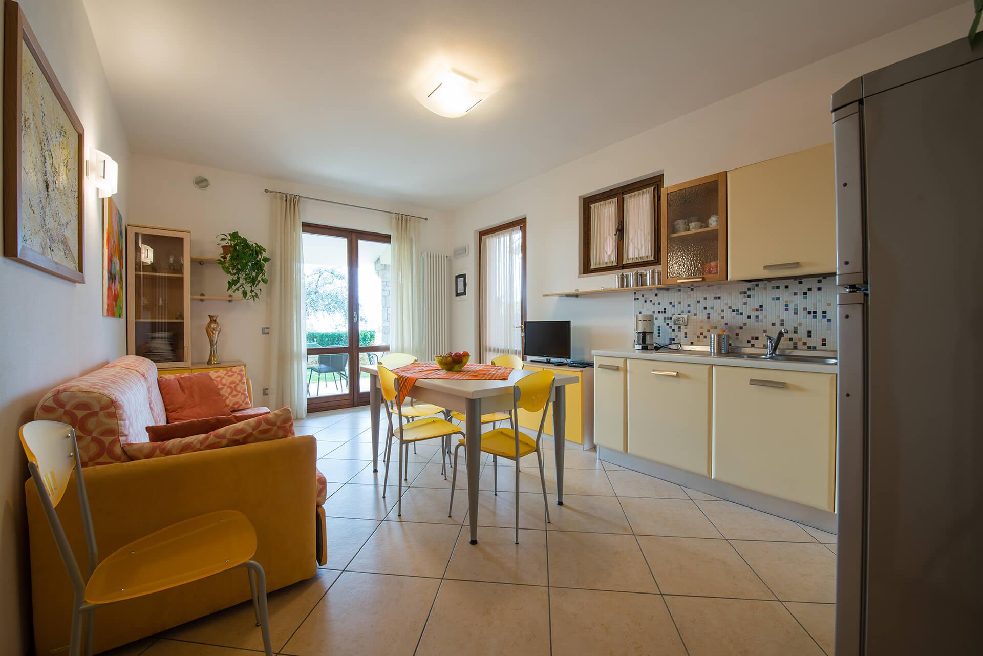 Sala appartamento b giallo