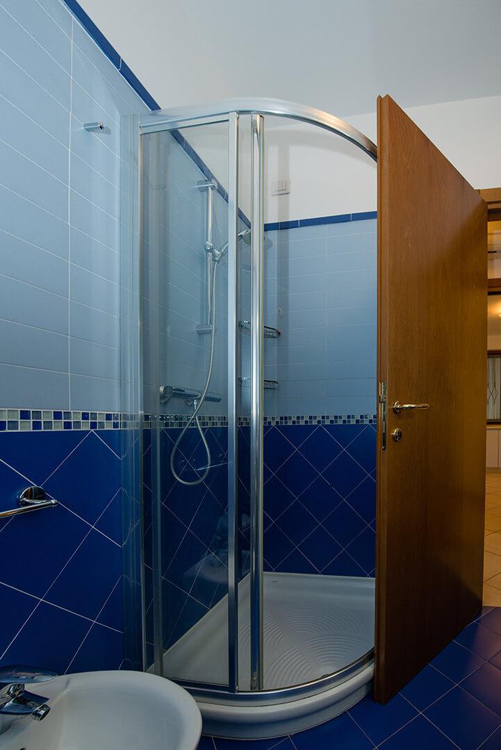 appartamento-c-canevini-bagno-2