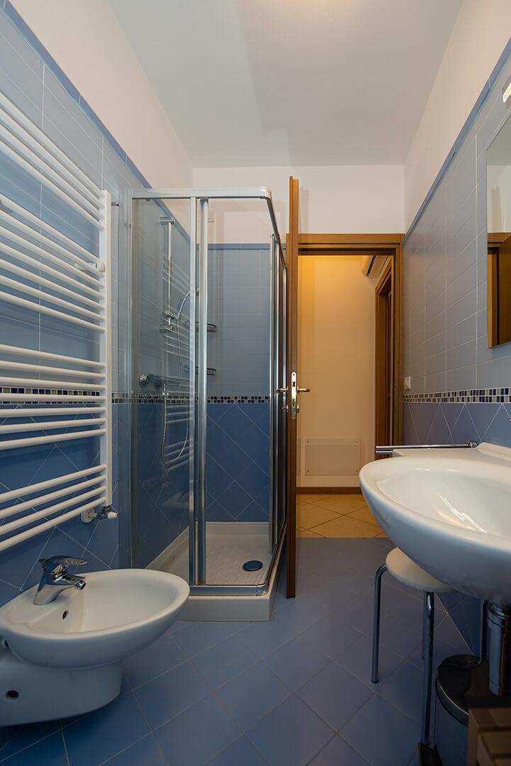 appartamento-c-canevini-bagno-4