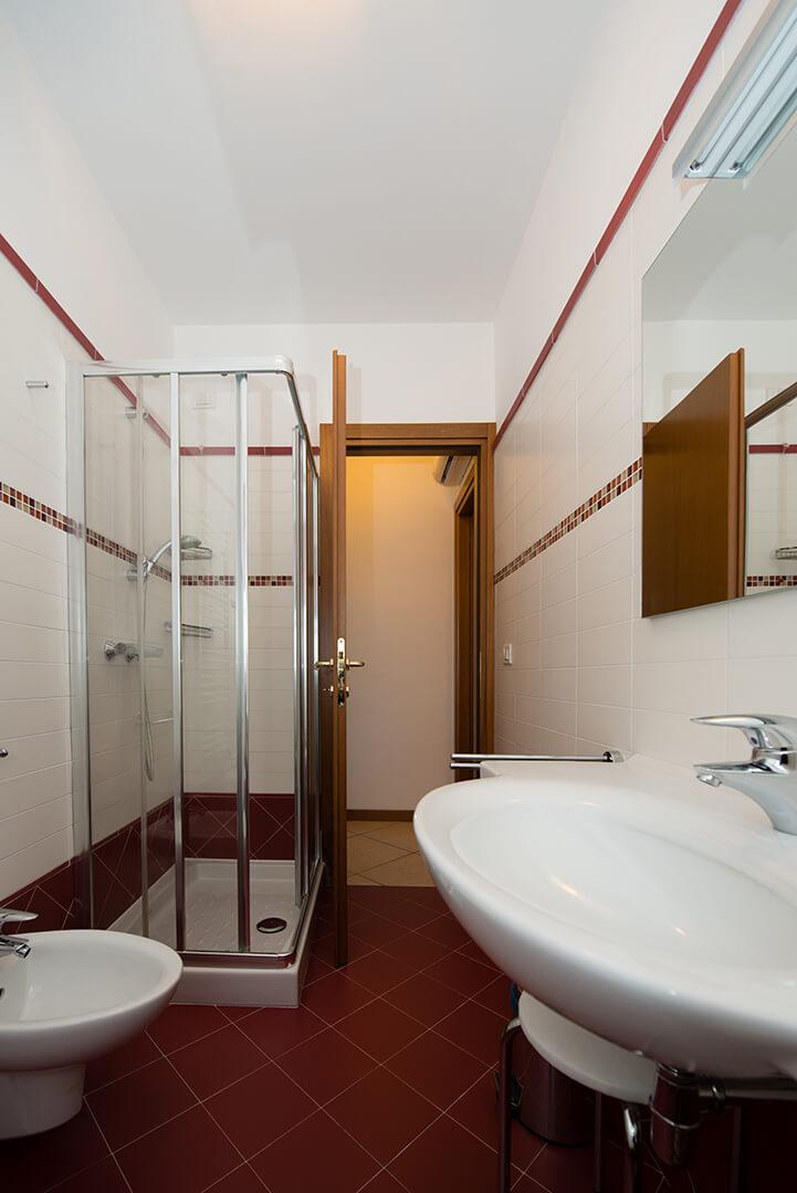 appartamento-c-canevini-bagno-5